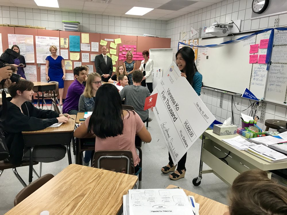 PINELLAS MATH & AVID TEACHER NAMED TEACHER OF THE YEAR FINALIST AND RECEIVES $5,000  FROM MACY'S AND THE FLORIDA DEPARTMENT OF EDUCATION