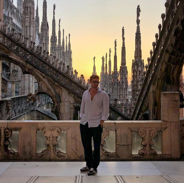 More and more love to Italy 🇮🇹 It is extremely atmospheric to be on the terrace of magnificent Duomo of Milan.