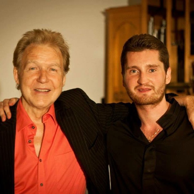 ⬛️ A legend just passed away... RIP dear professor Johannes Goritzki 🎻 😢I still can't believe... as I know you so positive, energetic, always looking young and fresh, healthy in the life and in the sound.  I'm grateful for passing me a unique knowledge and skills. Sometimes our lesson was more than a 4 hours where we found many solutions and inspiration in a great music. Thank you! You are always in our hearts... #cellist #professor #music #cello #lugano #conservatory #rip #johannesgoritzki