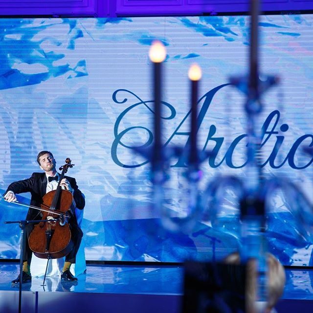 A great honor to dedicate my performance to the Arctic Foundation and be a part of the yearly Winter Ball charitable evening 🎻 a special thanks to @julia_viner ❤️ #cellist #charity #music #classic #performance