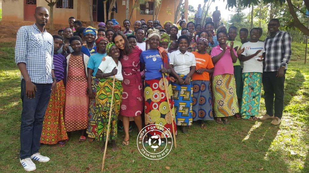 A photo with the Good Change Rwanda group. Photo: Nancy Bartosz