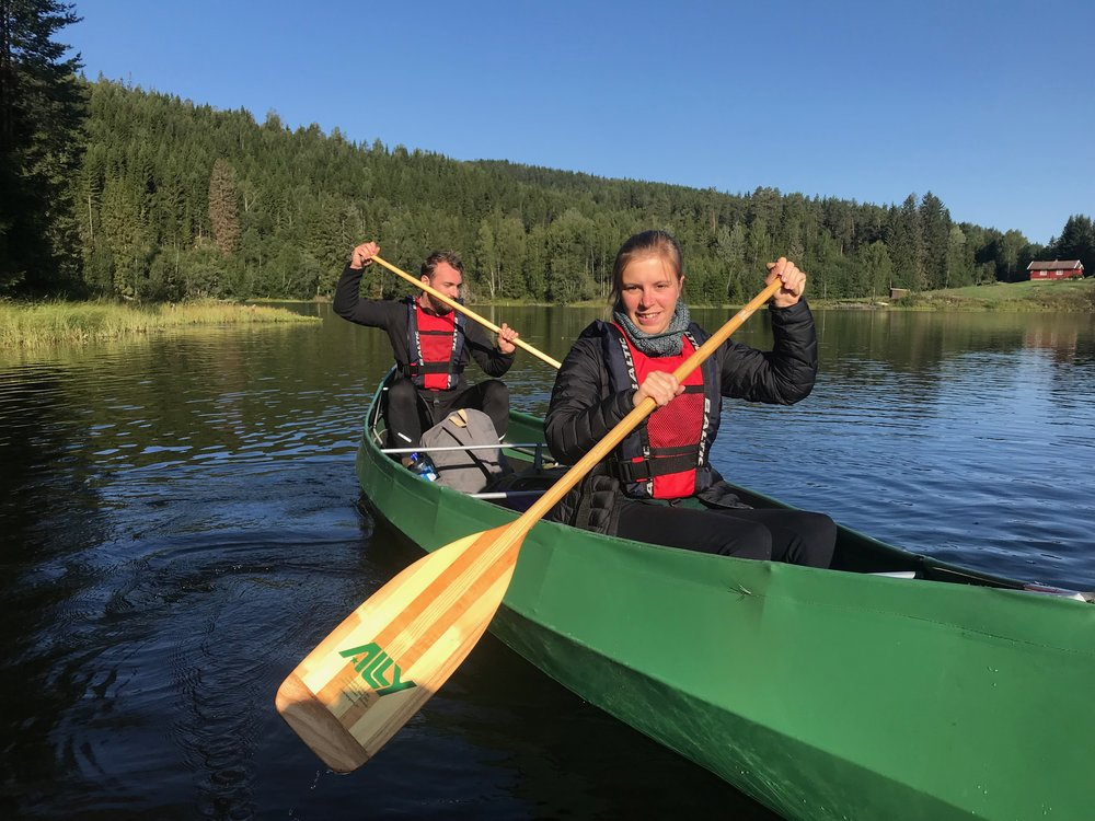 We use lightweight but very solid Ally-canoes during our Nordmarka Classic Expeditions( Photo: Oslo Outdoor)