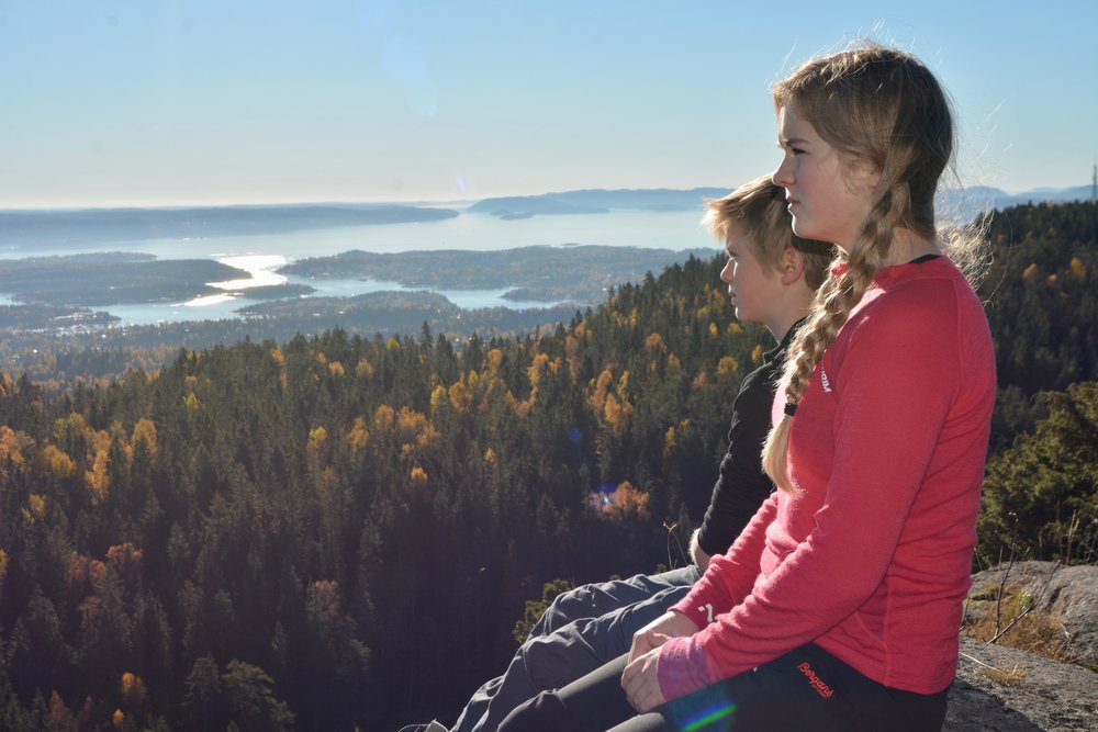 Hiking day tour to Mt. Kolsåstoppen outside Oslo. Photo: Oslo Outdoor