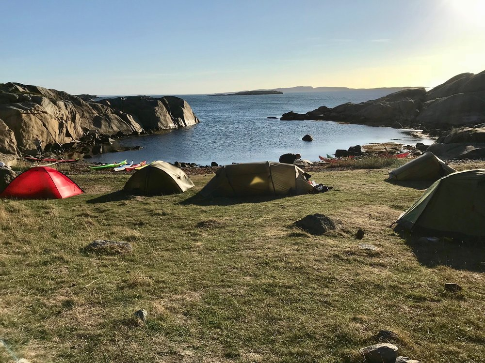 Camp during sea-kayak tour in Færder National Park (Photo: Oslo Outdoor)