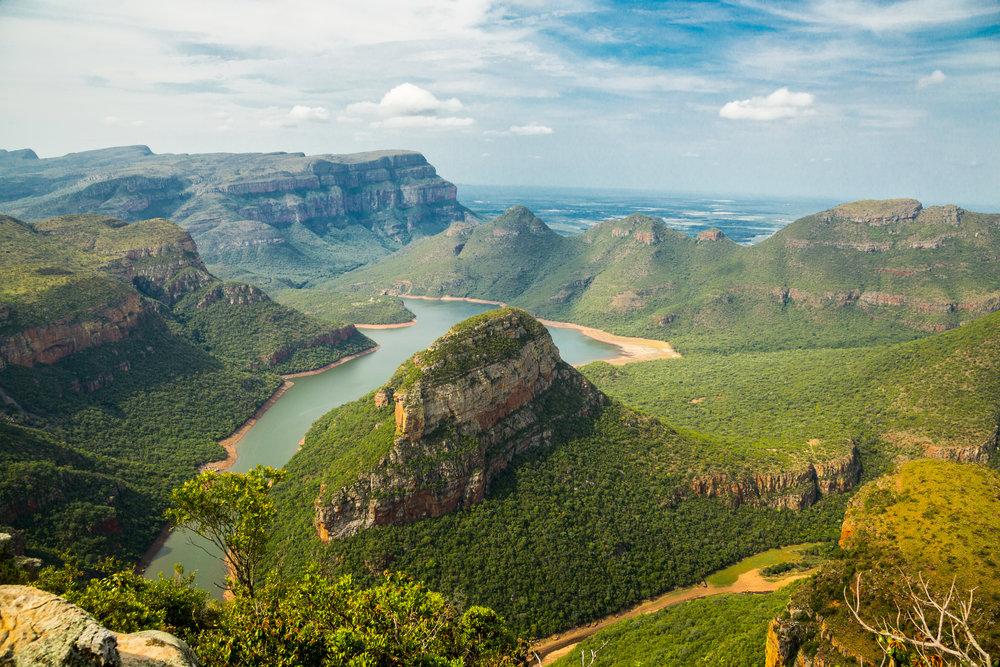 Drakensberg Mountains.png
