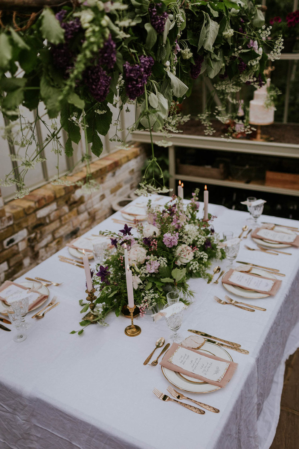Bespoke gold adorned calligraphy menus and place card for an intimate garden wedding.