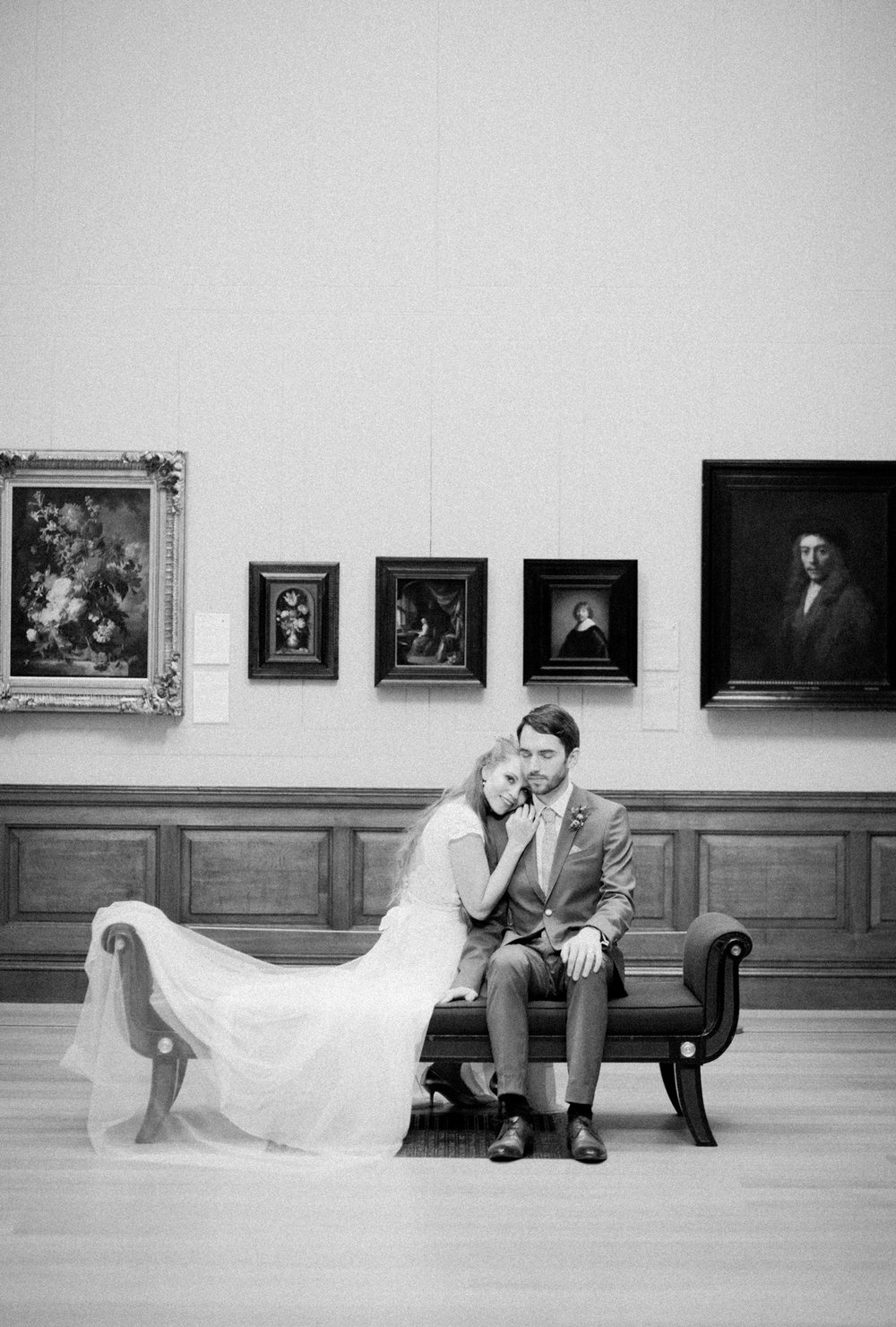 Romantic wedding in an art gallery