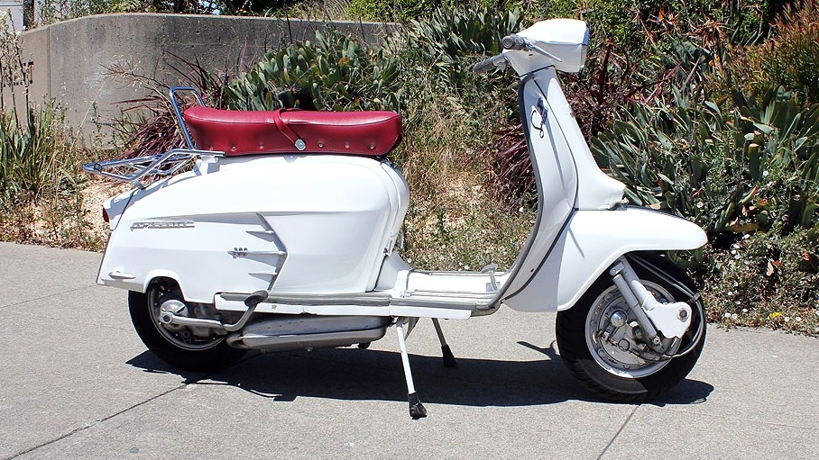 1966 LAMBRETTA SX200 (L-48) - The Lambretta SX200 is one of the best of all the classic scooters. They look like they are going fast, even when standing still.What a beauty!