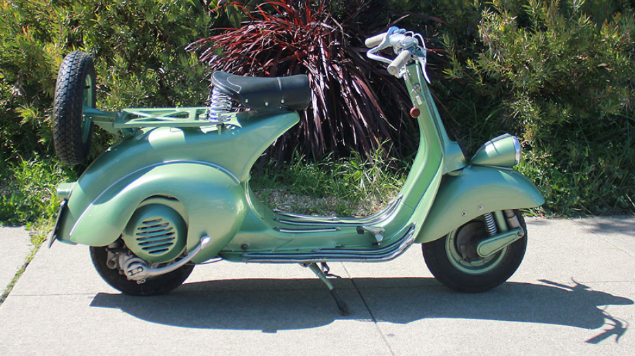 1952 VESPA FARO BASSO (B-1) - This scooter comes out of the Marco Marini collection. It was restored in Italy, and has seen very few miles since the restoration.  This is certainly a very nice scooter and would be a wonderful addition to any serious vehicle collection.