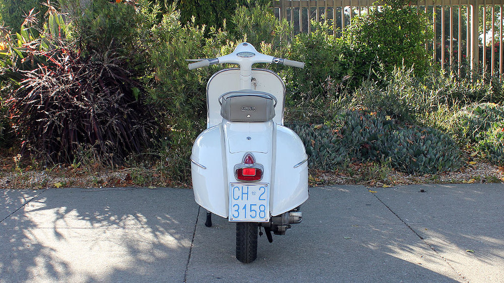IC-225_1962_Vespa_GS160-2.jpg