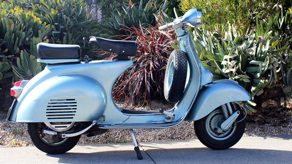1961 VESPA VBB (BM-251) - The Vespa VBB was the scooter that powered Piaggio's scooter lineup in the early 60's, and for that matter, Italy.