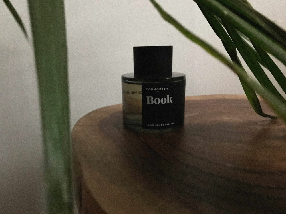 BOOK-COMMODITY-IMG2.jpg