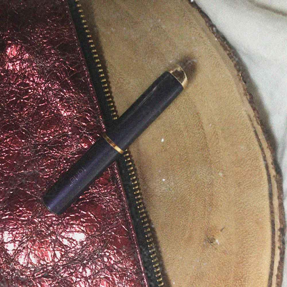 pack-travel-9-makeup-items-tarte-concealer.jpg