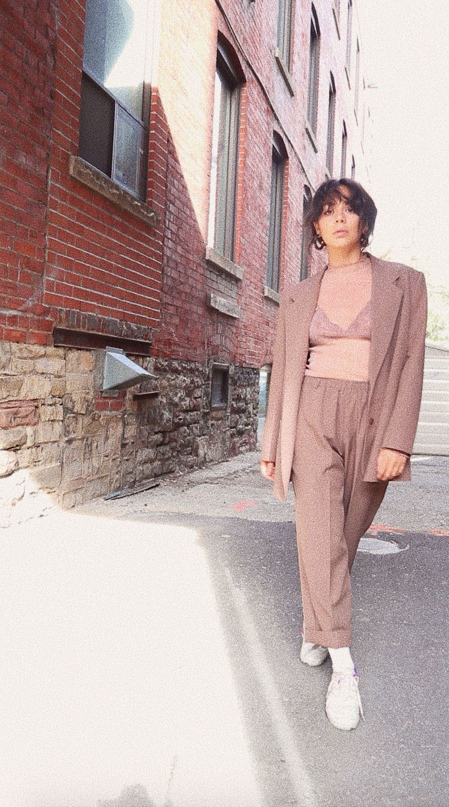 fashion trends_  how to wear the women's pantsuit, fall 2018 4.jpg