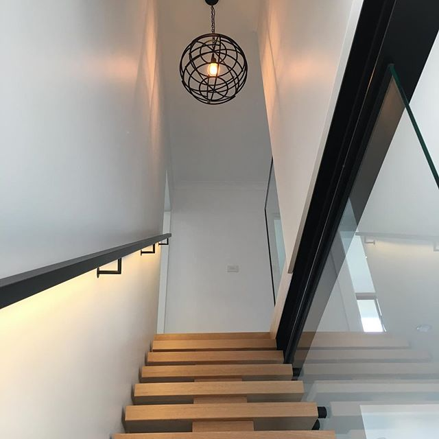 Nice touch making a feature out of a hand rail #ledstriplight . . . . . . . . #melbourneectrician #melbournehomeautomation #residentialelectrician #design #gardenlights #shopfitttingelectrician #data #electrical #morningtonelectrician #ledlighting #construction #shopfitting #builders #dynalite #cbus #electrical #electrician #lights #gardenlights #automation #switchboards #domestic #commercial #generalelectrical