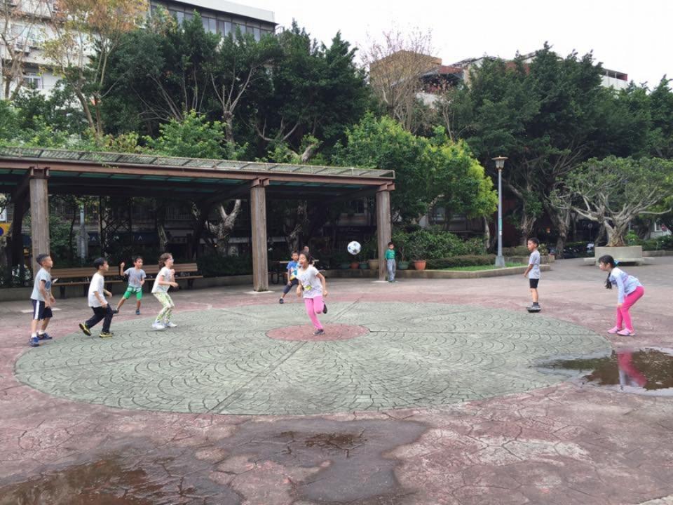 新中公園1.jpg