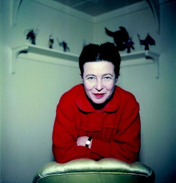 Deambula. Selecciona. Imagina. Expande. - Simone de Beauvoir, por Gisèle Freund, 1952.