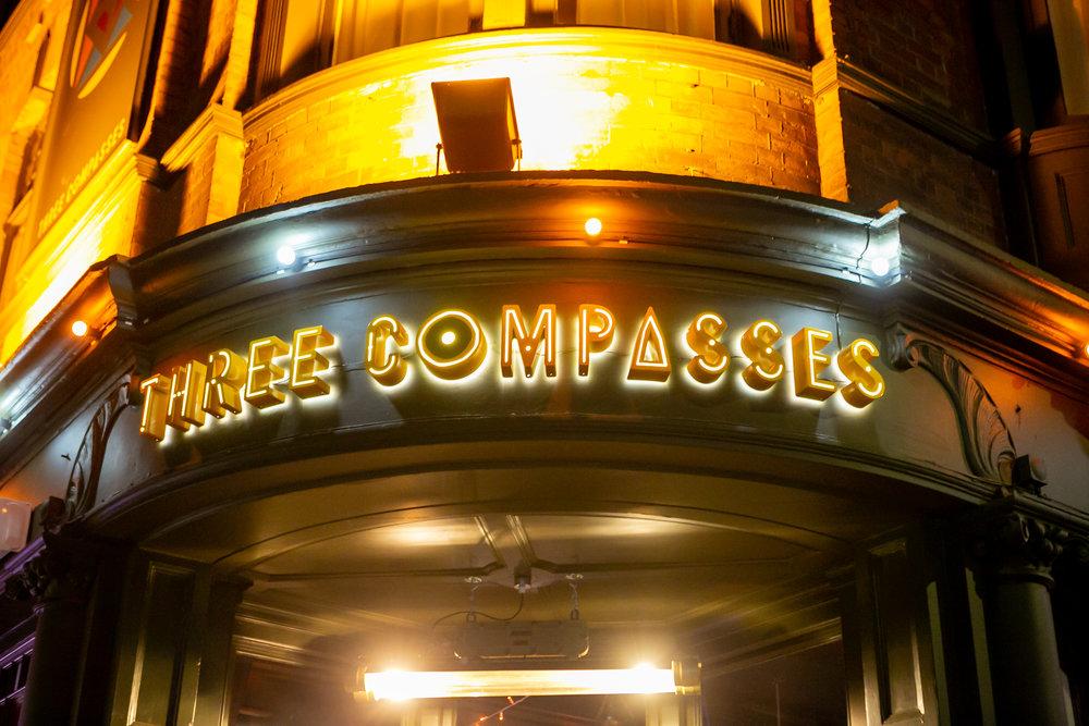 three-compasses-26.jpg