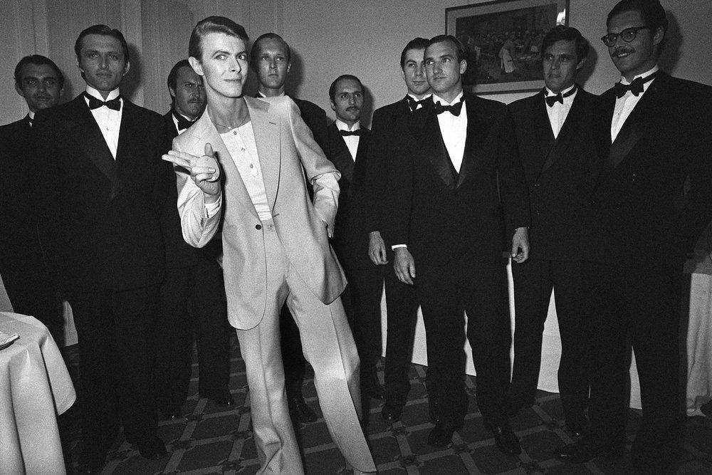 Old-School-David-Bowie-e1440031656419.jpg