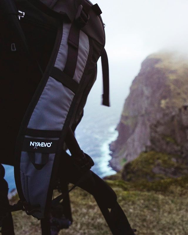 NYA EVO in Lofoten. Killer combination 🔥 @nyaevogear #ryten #lofoten #norway