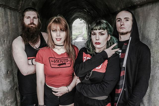 We are counting the seconds until we get to the studio to record some more noises with the mega babe John Christian Mitchell tommorrow! Expect lots... and lots of updates! 😍 #album #recording #music #femalefronted #noises #2018 #vans #hartzak #red