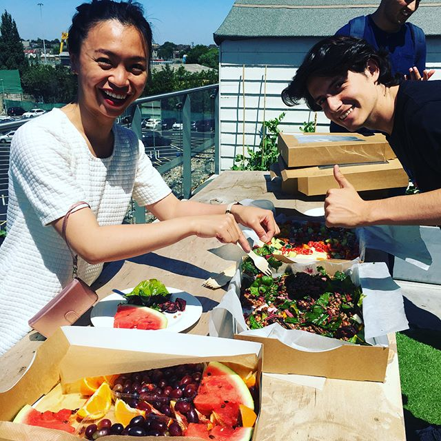 Another sunny day, another @thecollective.foundation #cga2018 lunch on the terrace. We ❤️ seeing the faces of happy customers!  On the other side of town some delivery issues caused a big delay with @thecollective_living lunches at HQ today, which we can only apologise for 😞 #growingandlearning  #summersalad #ecolunch #imperfectlygood #lunchinlondon #reclaimyourlunchbreak #foodwaste #surplus #customerfirst