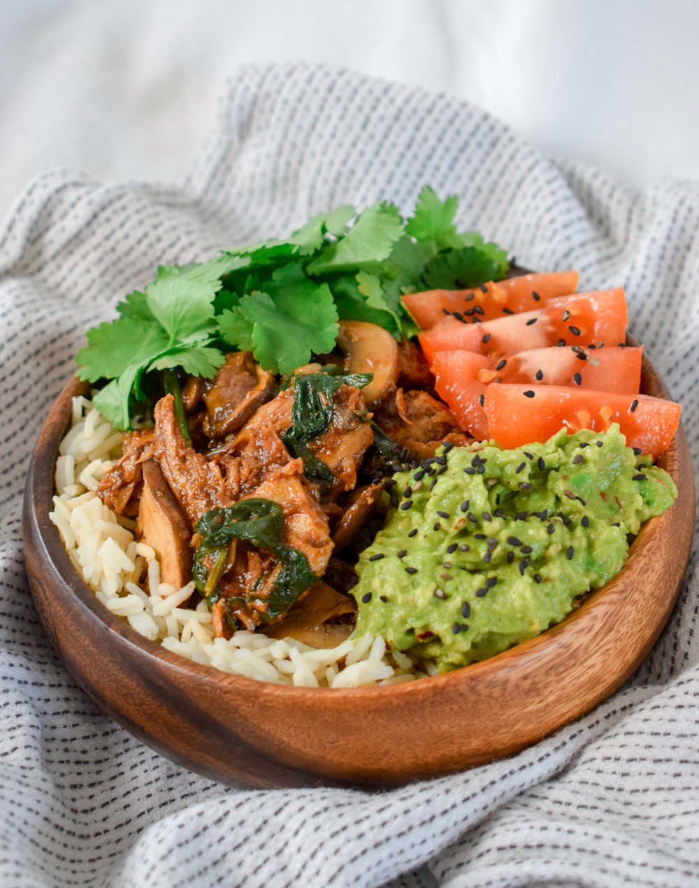 Vegan Buddha Bowl with Pulled Oumph! by Ally The Earthling