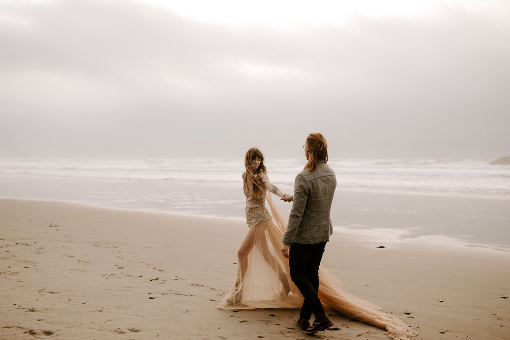 Julia + Hank   Oregon Coast styled elopement near Cannon Beach.