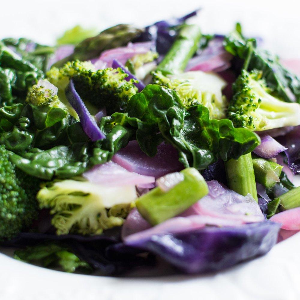 foodiesfeed.com_sauteed-spring-seasonal-vegetables.jpg