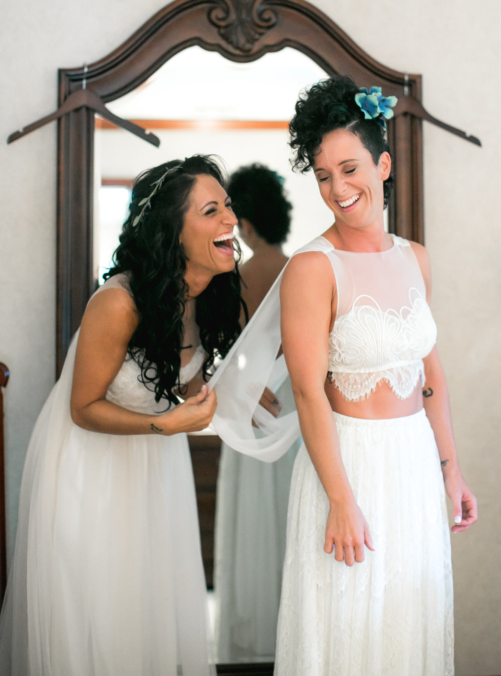Sarah_and_Simone_WeddingReedit-4.jpg