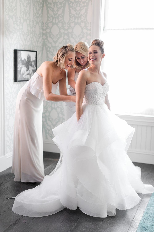 8.24.18_Stephanie_Ariel_WeddingTeasers-21.jpg