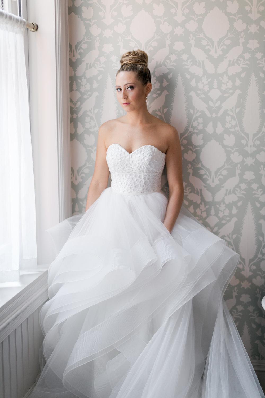 8.24.18_Stephanie_Ariel_WeddingTeasers-23.jpg