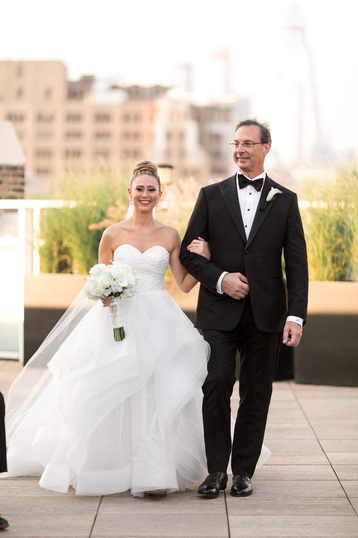 8.24.18_Stephanie_Ariel_WeddingTeasers-104.jpg