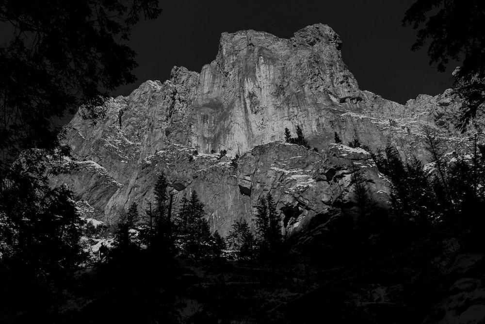 Destination-Wedding-Photographer-couple-in-mountains-1-50.jpg