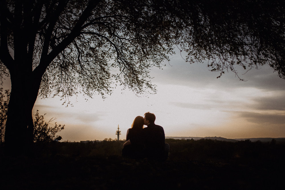 Engagement-photoshoot-in-forest-on-mound-32.jpg