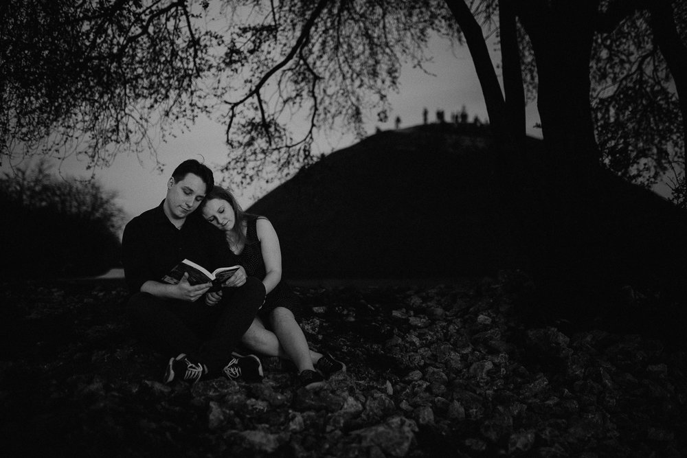 Engagement-photoshoot-in-forest-on-mound-42.jpg