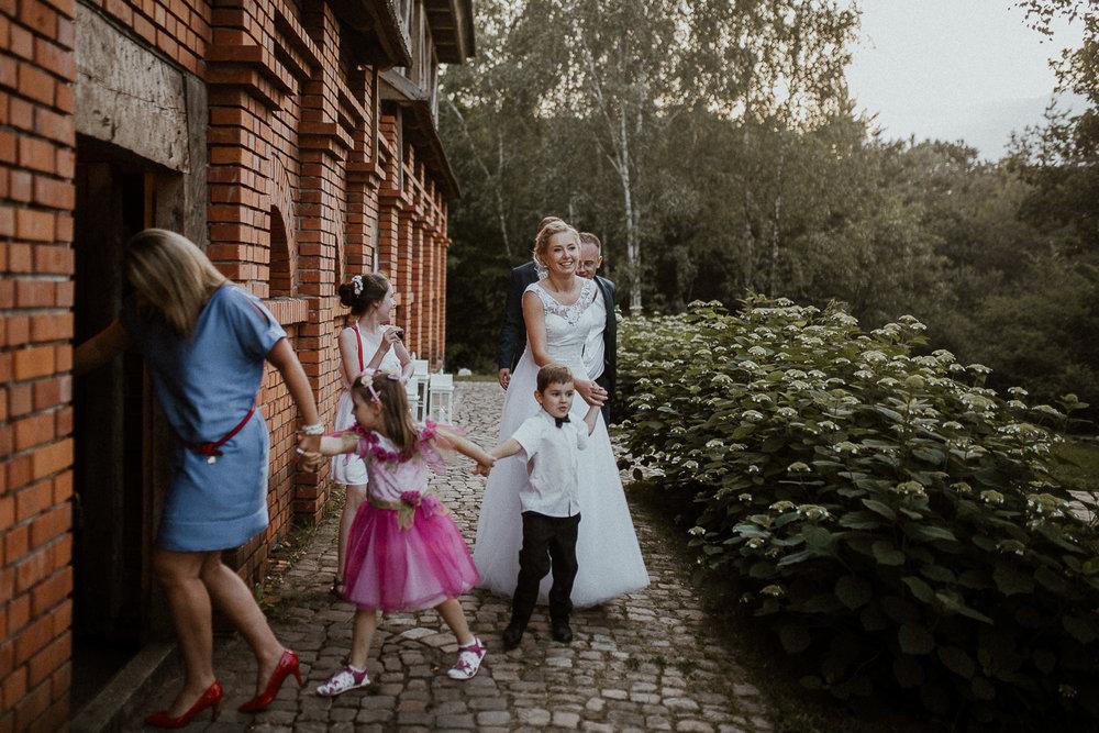 boho-wedding-tokarnia-rustykalny-slub-plenerowy-152.jpg