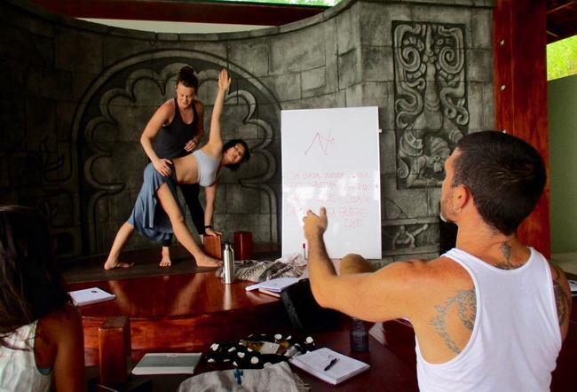 banyan-yoga-adjustments-class.jpg