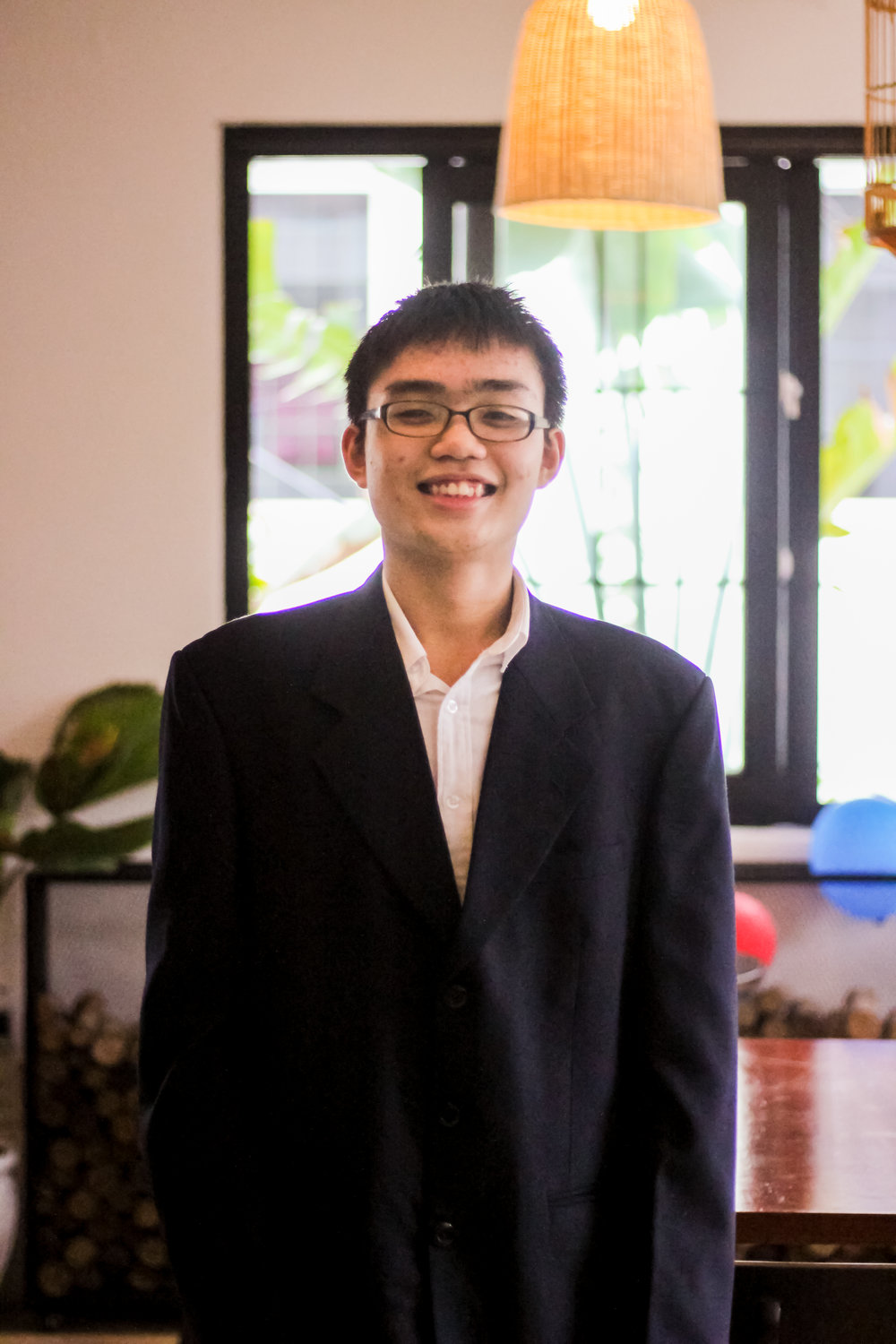 BUSINESS & CONFERENCE    Phan Thanh Anh Quoc  is a junior at the school of Phan Chau Trinh. He grew up in Da Nang and hopes to use her skills to help his city and community. He enjoys working and as a result has worked as a media collaborator for the company that helps students study abroad and has been involved with the Phan Chau Youth Skills Club and the GreenViet Conservation Center.