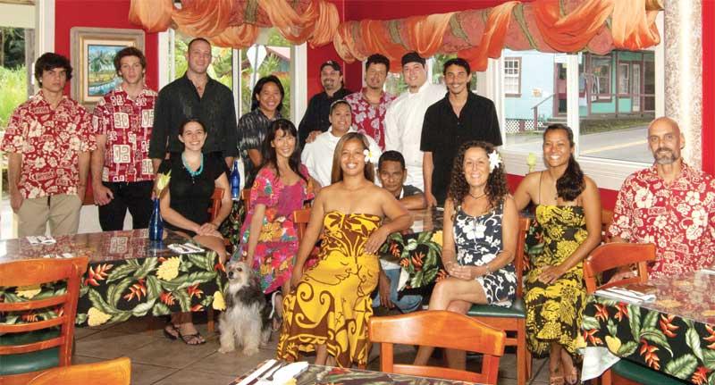 photo_group_Old group photo.jpg