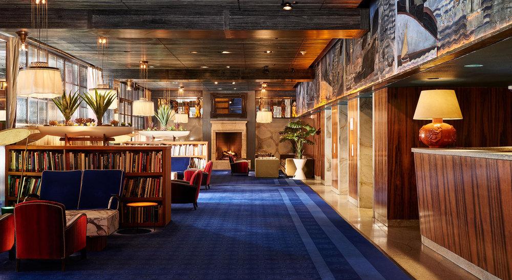 CC La Sirena Maritime Hotel lobby.jpg