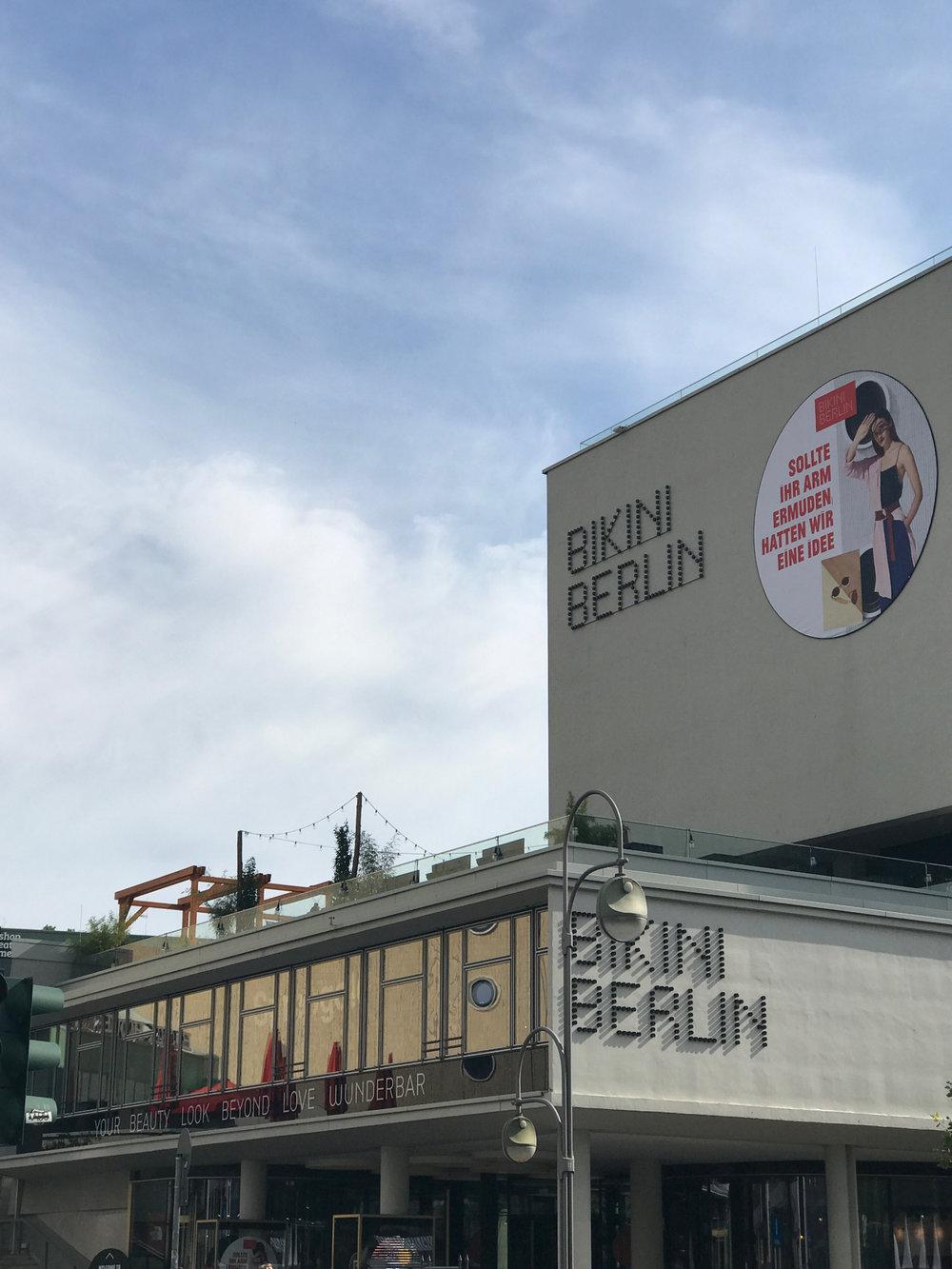 SPREEGOLD ROOFTOP IN BIKINI BERLIN