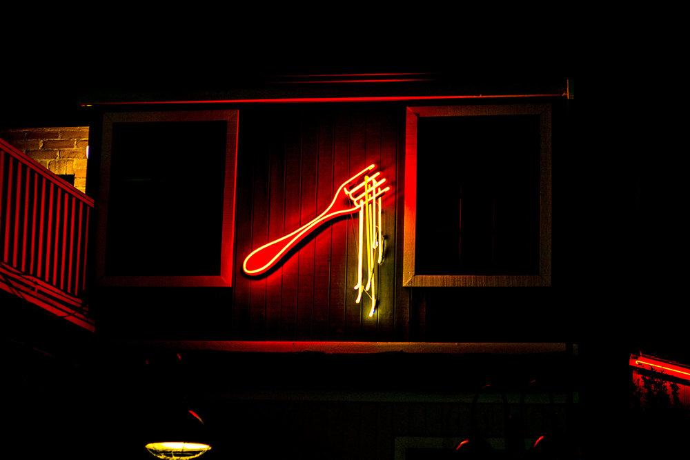 Pasta-Neon-Sign.jpg