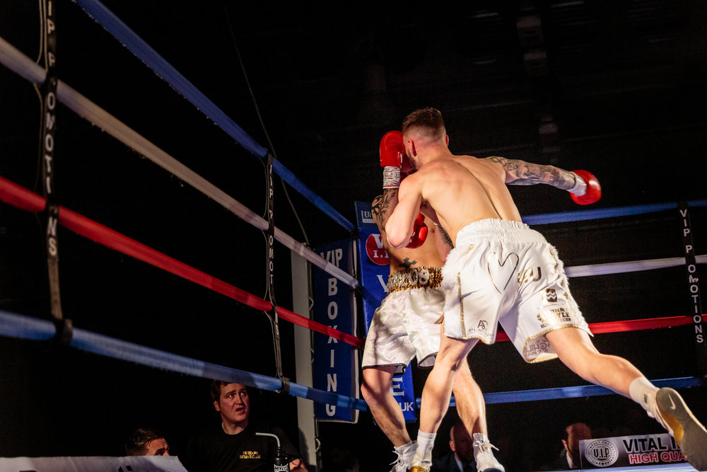 Lewis Sylvester Dominates his Opponent