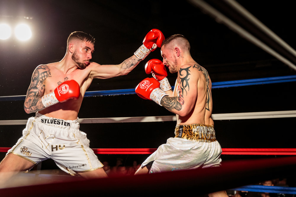 Lewis Sylvester Connects with the Head of his Opponent