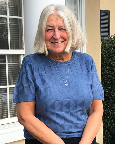 Linda Lintelman | Bookkeeper Sales Tax - Linda is a vital part of the DFMM&C team, specializing in bookkeeping, sales tax, and after-the-fact payroll.