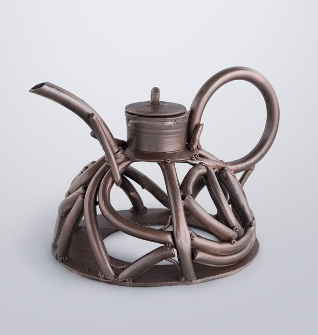 Teapot Homage 5239LR.jpg