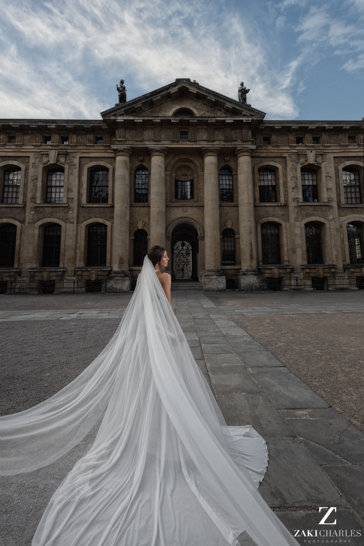 Bridal portrait at The Bodleian Library