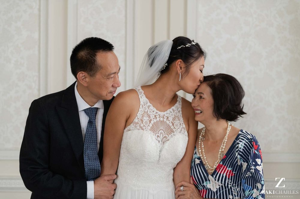Portrait of bride with her parents at Hedsor House 2