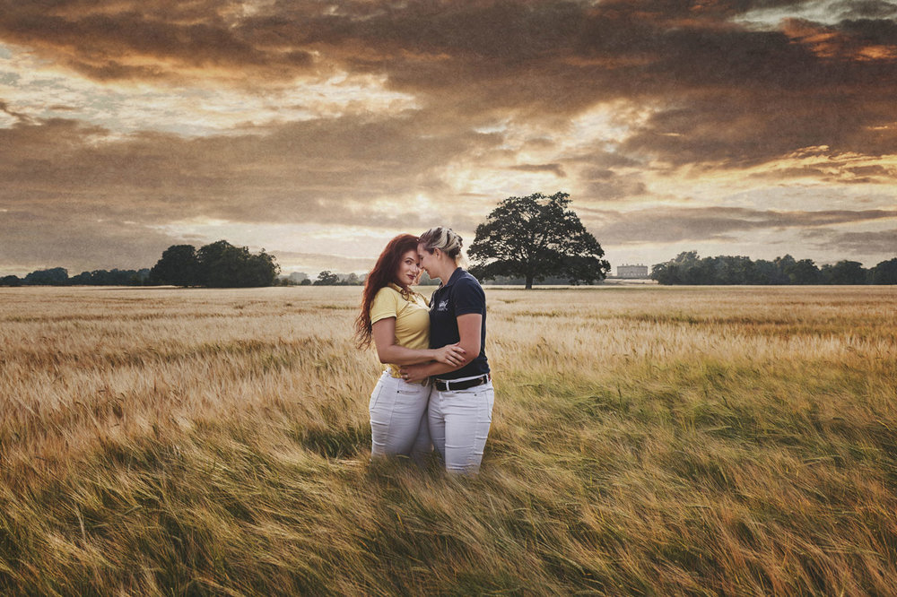 Professional Oxfordshire engagement photography